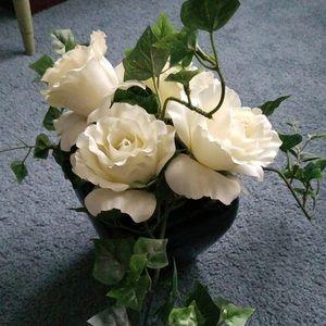 Rose & Ivy Arrangement